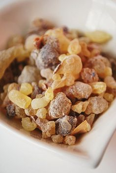 Frankincense essential oil has an ancient and highly prized scent which has a spicy, woody almost haunting smell.