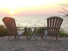 Waterfront Cottage on Lake Michigan in Bay View (Petoskey Area) - 5BR!
