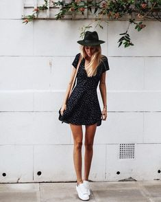 48 Classy Summer Outfits Ideas You Should Try Summer at the s. 48 Classy Summer Outfits Ideas You Should Try Summer at the seaside is all about lazy days spent lying on the glistening sand, swimming in crystal blue water, … outfits ideas Elegant Summer Outfits, Classy Outfits, Spring Outfits, Summer Dresses, Casual Outfits, Sun Dresses, Formal Outfits, Wrap Dresses, Maxi Dresses