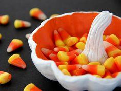 Halloween Craft: DIY Pumpkin Candy Dish >> http://blog.diynetwork.com/maderemade/how-to/diy-pumpkin-candy-dish/?soc=pinterest