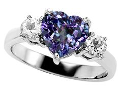 Beautiful Jewelry Alexandrite Ring - my birthstone :) so pretty! This would be the perfect wedding ring.I do want my birthstone in my wedding ring - Alexandrite Engagement Ring, Alexandrite Ring, Engagement Rings, Amethyst Rings, Amethyst Jewelry, Jewelry Rings, Jewelery, Jewelry Accessories, Fine Jewelry