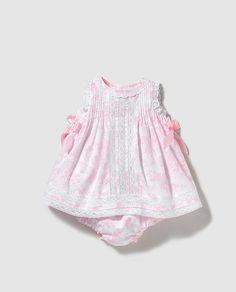 Vestido de bebé niña Dulces  estampado con puntilla
