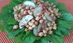 Dupla poderosa unida na Salada de Goji Berry e Grão de Bico