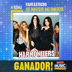 """¡Muchas felicidades a Fifth Harmony por """"Harmonizer"""" """"Fanaticos"""" este año en los #RDMA 2016!"""