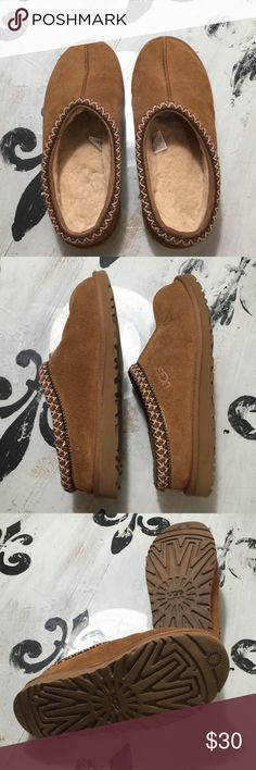 ee03bb7cc3a375 UGG mules SZ 5 UGG mules SZ 5 UGG Shoes Mules   Clogs Ugg Shoes
