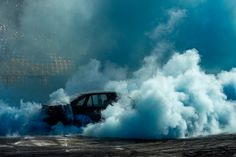 simon-davidson-burnouts-car-photography-designboom-02