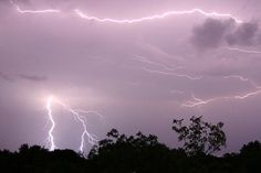 How To Photograph Lightning - Digital Photography School