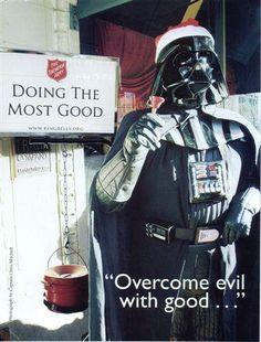 """""""Überwinde das Böse mit Gutem!"""" Bei der Weihnachtssammlung der Heilsarmee in den USA (""""Salvation Army"""") hilft selbst Darth Vader mit ..."""