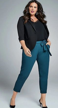 Plus Size Work Outfit Plus Size Fashion for Women . Plus Size Work Outfit Plus Size Fashion for Women Source by lovei Trajes Business Casual, Business Casual Outfits For Women, Casual Work Outfits, Professional Outfits, Curvy Outfits, Business Outfits, Work Casual, Plus Size Outfits, Plus Size Professional