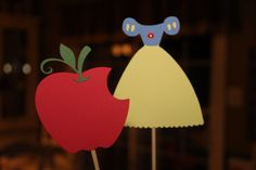 Snow White Cake Toppers or Centerpiece Sticks (2)