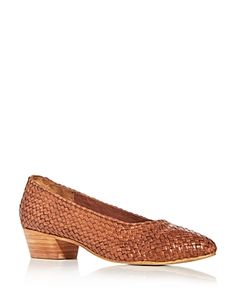 ST. AGNI ST AGNI WOMEN'S CISCO WOVEN LOW-HEEL PUMPS. #st.agni #shoes Pump Shoes, Pumps, St Agni, Shoes Photo, Low Heels, World Of Fashion, Luxury Branding, How To Wear, Shopping
