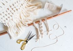 The Ultimate Macramé Knotting Guide