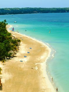 Experience for yourself the magical spot of 7-mile beach in #Negril, Jamaica