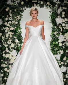 @annebargebride trunk show at @thewhiteroomalabama July 15 - 23 | call us for an appointment