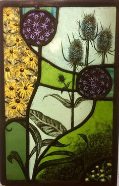 Beautiful piece by Linda White. Stained Glass Paint, Stained Glass Flowers, Stained Glass Designs, Stained Glass Panels, Stained Glass Projects, Stained Glass Patterns, Mosaic Glass, Fused Glass, Glass Art