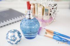 Dia 15 vejam tudo sobre este perfume da marc jacobs no meu blog, :)