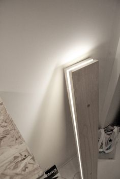 DIY inspiration: lamp from Northen Lighting. 2 boards with LEDs in middle! Awesome + easy to make!