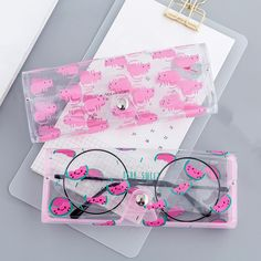 2019 NEW Cartoon Cute Travel Women Transparent PVC Eye Glasses Box Bag Case Protection Carry Box Eyewear Accessoires. Study Room Decor, Accesorios Casual, Fashion Eye Glasses, Unique Handbags, Cute School Supplies, Kawaii Clothes, Kids Bags, Cool Things To Buy, Stuff To Buy