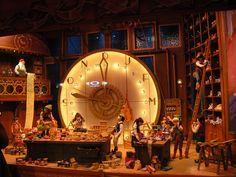 santas elves workshop | Santa's workshop display | Flickr - Photo Sharing!