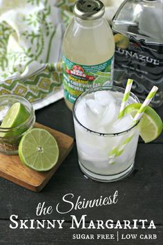 The Skinniest of all Skinny Margaritas. Totally free of sugar, low carb and mixed together in just a couple minutes! Last night I mixed this store-bought limeade (that is organic, all natural and 0 calories, 0 carbs and 0 sugars - what! Low Carb Cocktails, Cocktail Recipes, Low Calorie Tequila Drinks, Low Sugar Alcoholic Drinks, Good Tequila Mixers, Healthy Cocktails, Diet Drinks, Fun Cocktails, Drink Recipes