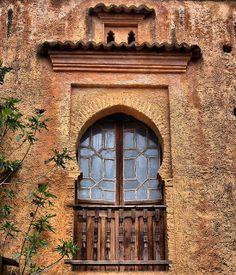 Windows and balcony Frederic Church, Real Nature, Eclectic Design, Open Window, Moroccan Style, Indiana Jones, Moorish, Balconies, Exterior Paint