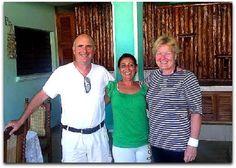 Esperanza junto a turistas. Vinales, Cuba, Polo Shirt, T Shirt, Polo Ralph Lauren, Mens Tops, Fashion, Horse Drawn Wagon, Supreme T Shirt