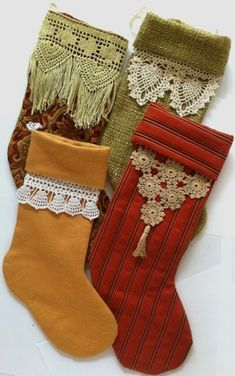 Make vintage style Christmas stockings by adding crochet trim as the cuffs. Maggie's Crochet Patterns.