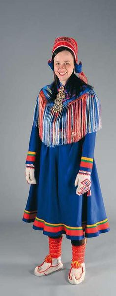 Sodankylä / Vuotso costume - Sodankylän / Vuotson puku | Sami Duodji ry Folk Costume, Costume Dress, European Costumes, Folk Clothing, Lappland, Ethnic Outfits, People Of The World, First Nations, Traditional Dresses