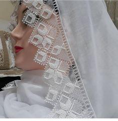 Lace Embroidery, Cotton Crochet, Filet Crochet, Mehndi Designs, Needlework, Diy And Crafts, Model, Handmade, Instagram