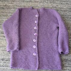 U MARIE : Fialový svetr Pro dceru jsem upletla fialový svetr...