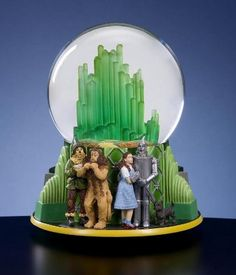 San Francisco Music Box Company - Emerald City lighted water globe