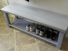 38 ideas for shoe storage bench plans diy Outdoor Shoe Storage, Shoe Storage Bench Entryway, Diy Storage Bed, Shoe Rack Bench, Diy Bench, Storage Ideas, Storage Baskets, Kitchen Storage, Storage Solutions