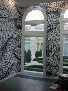mactac-soignies-films-adhésifs-decoration-interieur-batiment-MACal-8989-00-Pro-Black-net-wall-decor-Faits-d-Images-France-003