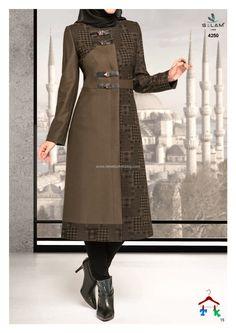 Elegant Dresses For Women, Nice Dresses, Hijab Fashion Inspiration, Hijab Dress, Fashion Sewing, Muslim Fashion, Unique Outfits, Dress Patterns, Designer Dresses