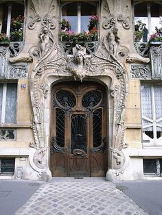 The romantic details of Paris, France. Doors. Travel.