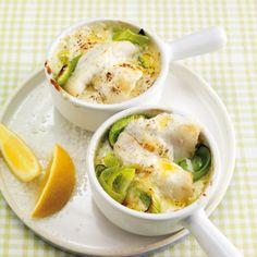 Kokos und Fisch sind immer eine gelungene Kombination. Hier wird Seelachs und Lauch mit einer Mischung aus Emmentaler, Kokoscreme und Frischkäse als R...