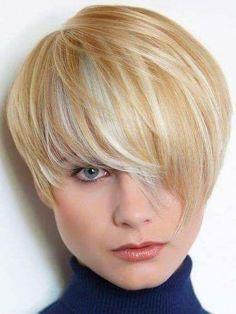 Razor-Cut Layers for Fine Hair: Short Blonde Hair Trends - PoPular Haircuts Short Hair Styles For Round Faces, Hairstyles For Round Faces, Short Hair Cuts, Cool Hairstyles, Blonde Hairstyles, Layered Hairstyles, Short Pixie, 2015 Hairstyles, Pixie Cuts