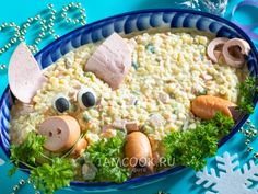 Olivier with sausage for New Year of the Pig 2019 - recipe with photos step by step Cute Food, Good Food, Yummy Food, Tasty, Awesome Food, Appetizer Recipes, Snack Recipes, Cooking Recipes, Christmas Party Food