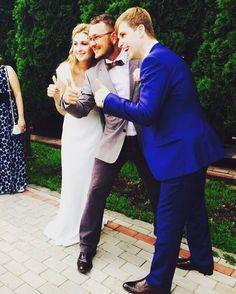 Чуть меньше года у этих чудесных ребят была #свадьба и мне посчастливилось быть #ведущийнасвадьбу, это было их #главноесобытиегода , а сегодня я поздравляю @zolotulina с новым человеком в их семье!!! #дети это чудесное продолжение вашего пути!!!Эля и Антон, вы большие молодцы!!! Всегда https://www.facebook.com/hugo.leonard.79/videos/10150937511322555/Ваш Ведущий #ведущий #ведущийнасвадьбу #свадьбавмоскве #свадьбавподарок #невесты #жених #wedding #weddingdress #weddingmakeup #weddingmoscow…