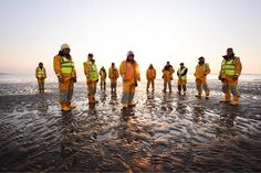 Lifeboats can't launch or recover without #ShoreCrew Meet the @RNLI #Volunteers @HoylakeRNLI