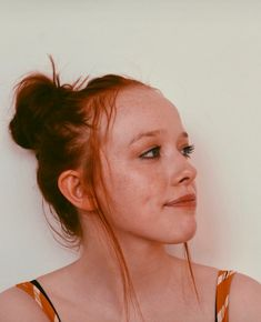 The sun has gifted me my own freckles Anne Shirley, Beautiful Soul, Beautiful People, Amybeth Mcnulty, Gilbert And Anne, Anne White, Gilbert Blythe, Anne With An E, Aesthetic Women