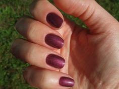 EzFlow Trugel | Soak Off Gel Polish Swatches: Plum Tini...love this color :)