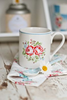 Mesothelima: 122 Happy Merry Christmas 2019 Wishes and Images Merry Christmas Song, Merry Christmas Everyone, Christmas 2019, Country Chic Cottage, Shabby Chic Cottage, Cottage Style, Cath Kidston Home, Cath Kidston Teapot, Minty House