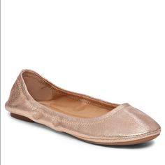 Rose gold lucky brand flats Super cute and comfortable lucky brand flats in rose gold / shimmery nude. Smoke free gently used. Wear on bottom left as shown. Lucky Brand Shoes Flats & Loafers