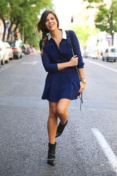 trendy_taste-look-outfit-street_style-ootd-blog-blogger-fashion_spain-moda_españa-fashion_pills-mono-overall-booties-botines-azul-blue-casual-8