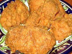 "Popeye s Spicy Fried Chicken (Copycat) – love their chicken! My copycat recipe f… Popeye s Spicy Fried Chicken (Copycat) – love their chicken! My copycat recipe for Popeye's ""Bonafide"" Spicy Fried Chicken. Spicy Fried Chicken, Popeyes Chicken, Fried Chicken Recipes, Breaded Chicken, Marinated Chicken, Recipe Chicken, Chicken Tenders, Cat Recipes, Cooking Recipes"