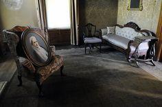 A sitting room inside Elmwood