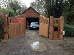 As one of the leading electric gate design & installation companies covering Surrey, Berkshire & London. We are recognised as an authority on electric gates Electric Driveway Gates, Driveway Entrance, Electric Gates, Entrance Gates, Driveway Fence, Backyard Gates, Garden Gates And Fencing, Fence Gate, Gate Post