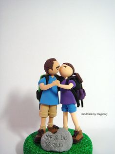 Avid hikers customized wedding cake topper. stop this is too cute.