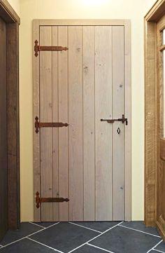 Houten binnendeur op maat gemaakt.